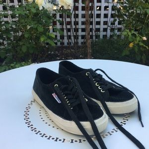 Limited edition Superga sneaker